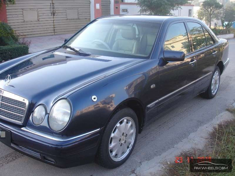 mercedes benz e class e300 1998 for sale in islamabad