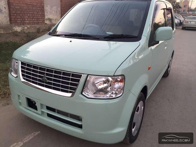 Mitsubishi Ek Wagon MX 2012 Image-2