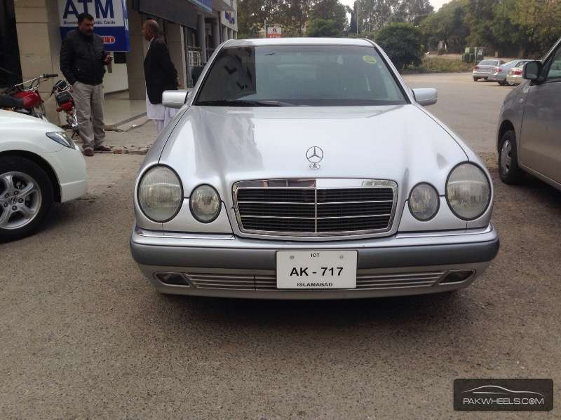 Mercedes benz e class e230 1997 for sale in islamabad for 1997 mercedes benz e class