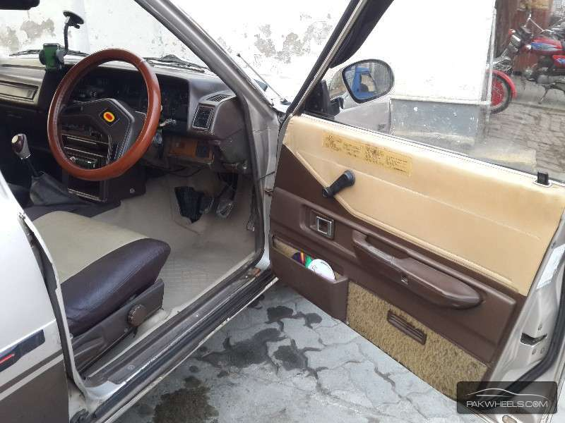 Toyota Corolla SE Limited 1982 For Sale In Lahore