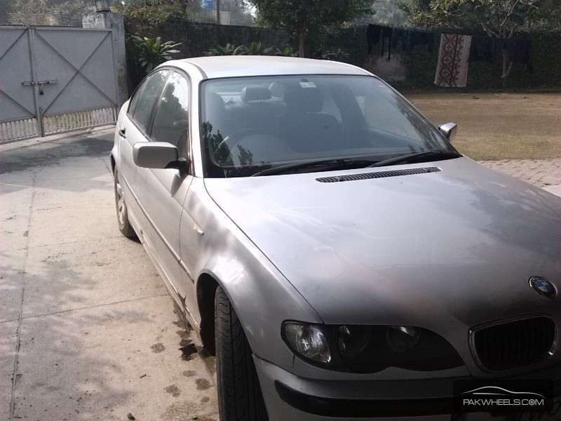 used bmw 3 series 320d 2002 car for sale in lahore 1047557 pakwheels. Black Bedroom Furniture Sets. Home Design Ideas