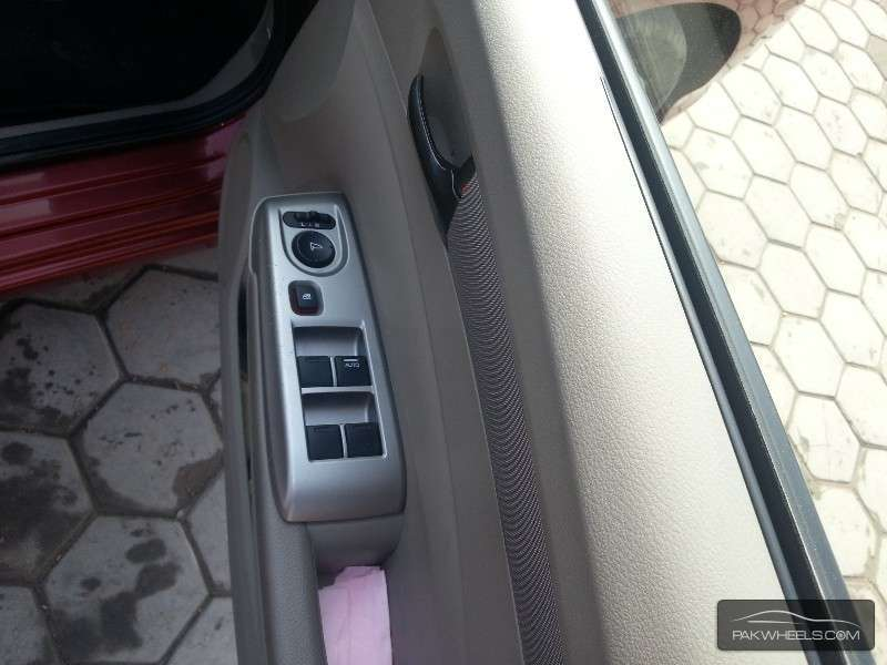 Honda City Aspire 1.5 i-VTEC 2013 Image-8
