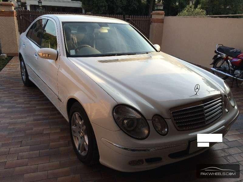 Mercedes Classe E 2005 : used mercedes benz e class e 200 2005 car for sale in lahore 1069441 pakwheels ~ Medecine-chirurgie-esthetiques.com Avis de Voitures