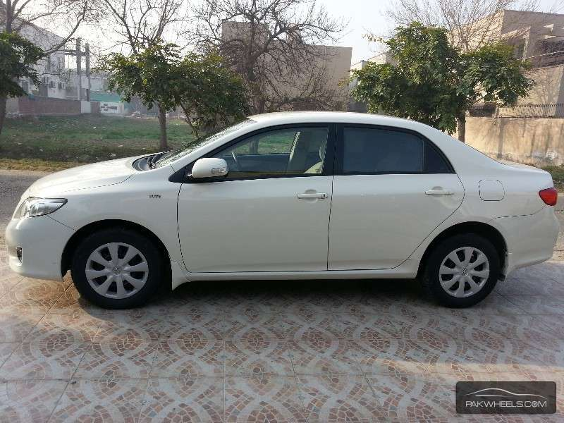 used toyota corolla 2009 car for sale in lahore 1075376 pakwheels. Black Bedroom Furniture Sets. Home Design Ideas