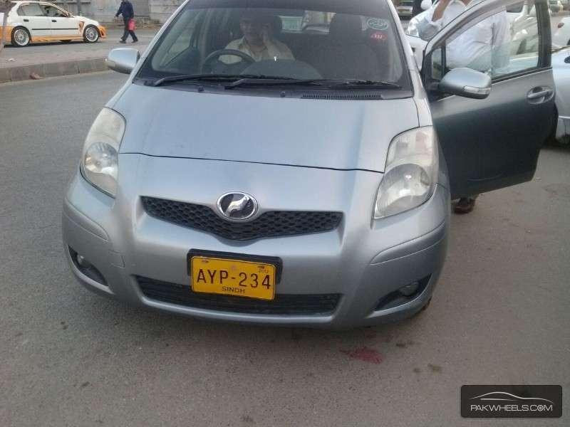 Toyota Vitz FL 1.0 2008 Image-1