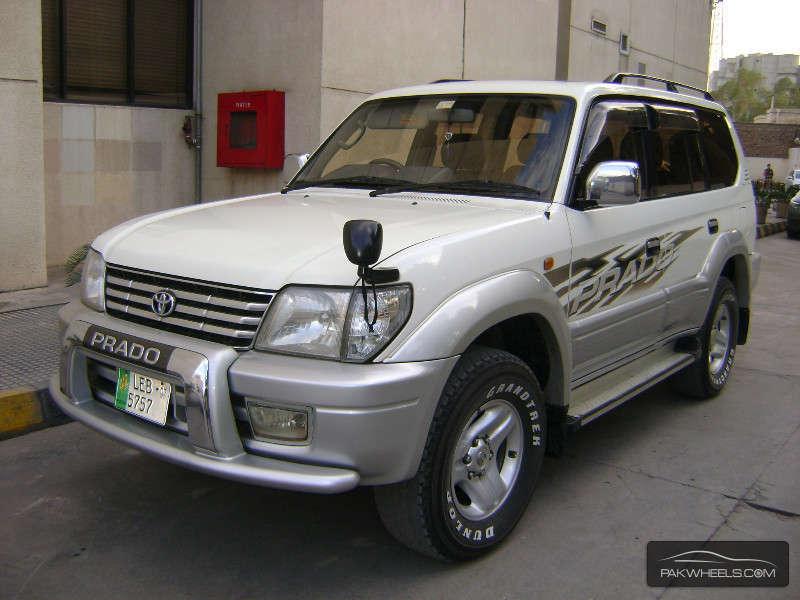 Toyota Prado 2001 Image-2