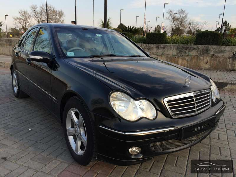 mercedes benz c class c220 cdi 2005 for sale in islamabad pakwheels. Black Bedroom Furniture Sets. Home Design Ideas