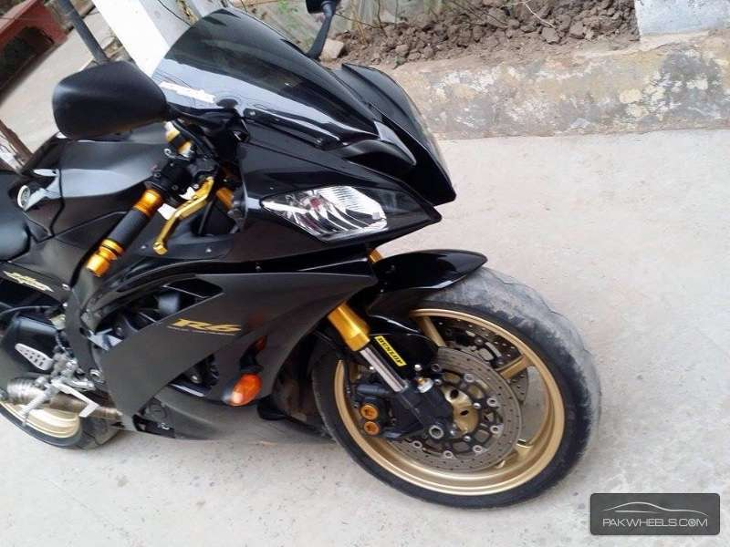 Used yamaha yzf r6 2010 bike for sale in lahore 134859 for 2010 yamaha r6 for sale