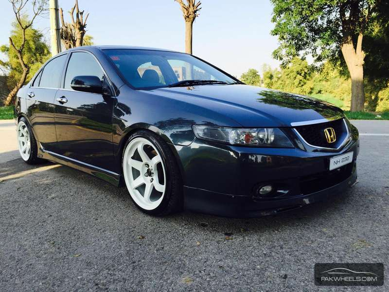 Honda Accord CL9 2004 for sale in Lahore | PakWheels