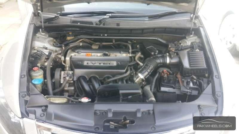 Honda Accord VTi 2.4 2008 Image-8