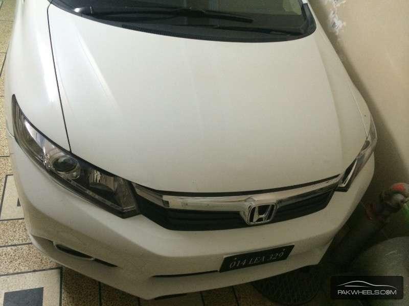 Honda Civic VTi Oriel Prosmatec 1.8 i-VTEC 2014 Image-6
