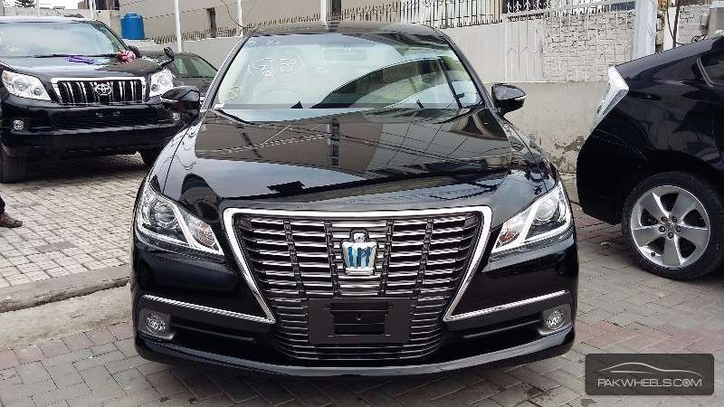 Japanese Import Car Insurance Online Quote >> Toyota Crown Royal Saloon G 2013 for sale in Lahore | PakWheels