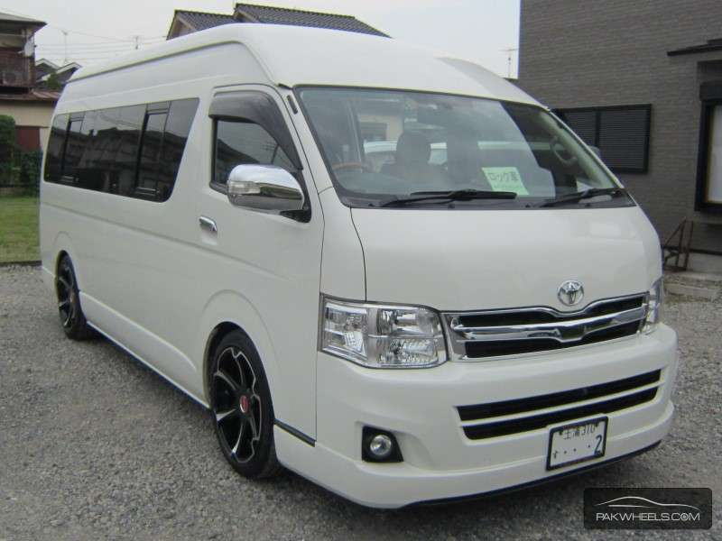 toyota hiace grand cabin 2011 for sale in lahore pakwheels