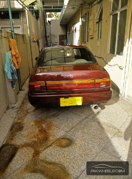 Toyota Corolla XE-G 1999 Image-4
