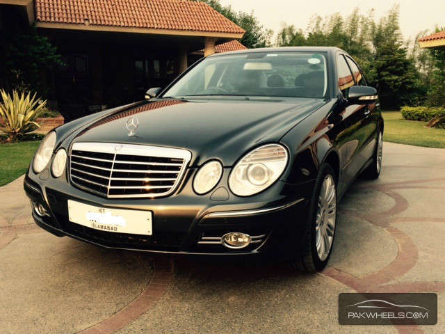 mercedes benz e class e200 2008 for sale in lahore pakwheels. Black Bedroom Furniture Sets. Home Design Ideas