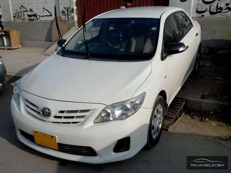 used toyota corolla xli 2011 car for sale in karachi 1140591 pakwheels. Black Bedroom Furniture Sets. Home Design Ideas