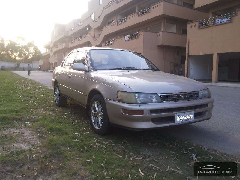 used toyota corolla se saloon 1995 car for sale in rawalpindi 1146736 pakwheels. Black Bedroom Furniture Sets. Home Design Ideas