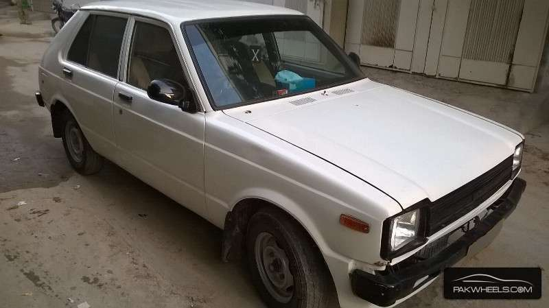 toyota starlet 1981 for sale in karachi pakwheels. Black Bedroom Furniture Sets. Home Design Ideas