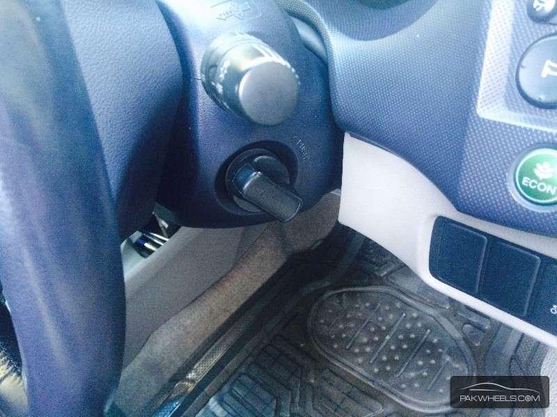 Honda Insight LS 2009 Image-8