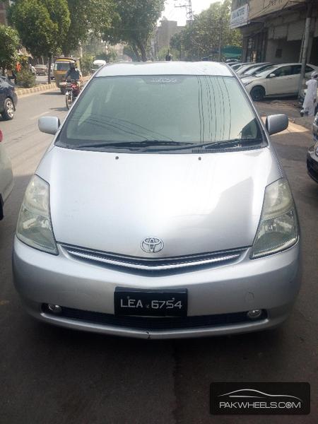 Toyota Prius 2006 Image-1