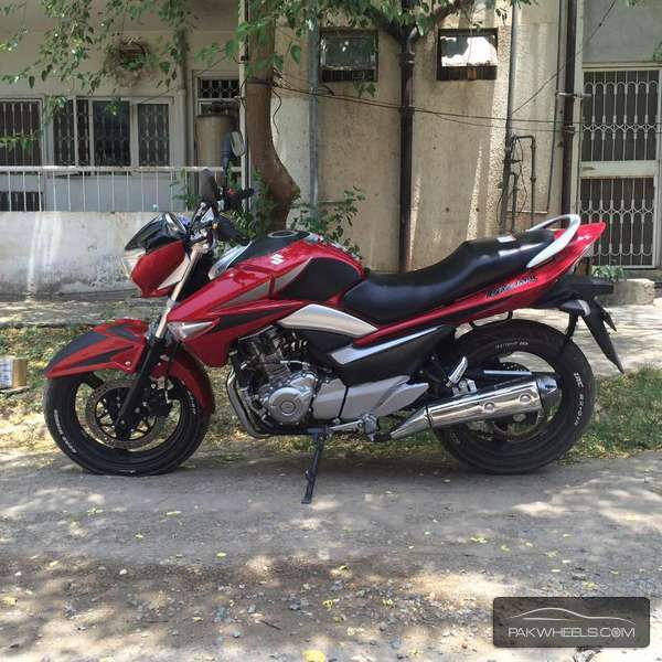 used suzuki inazuma gw 250 2013 bike for sale in lahore 139101 pakwheels. Black Bedroom Furniture Sets. Home Design Ideas