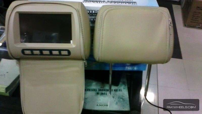 Headrest LCD For Sale Image-1