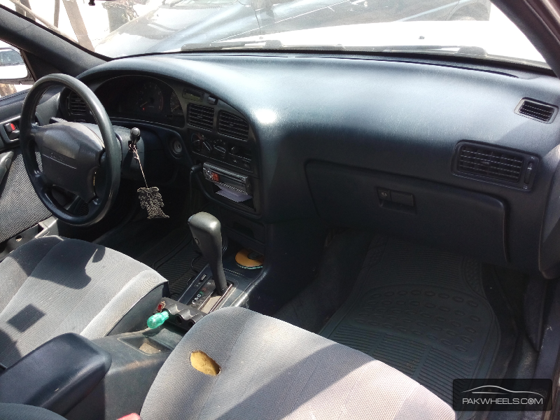 Toyota Camry 1992 Image-4