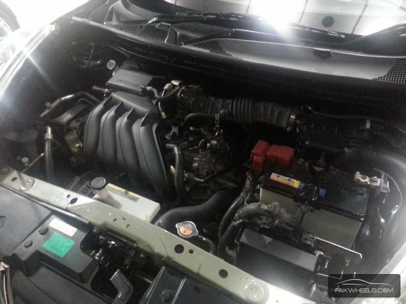 Nissan Juke 15RX Urban Selection 2011 Image-14