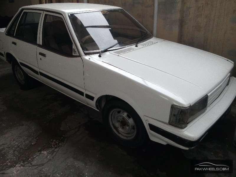 Mitsubishi Shogun 1987 Image-2