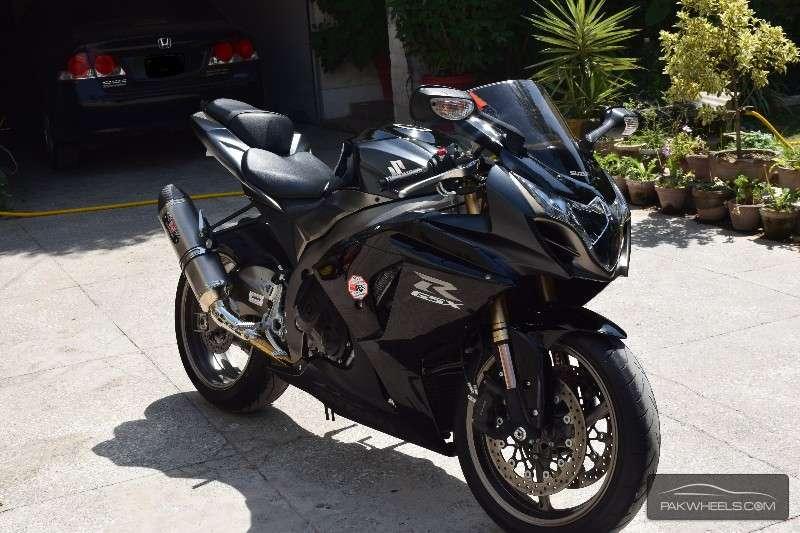 Suzuki GSX-R1000 2011 Image-1