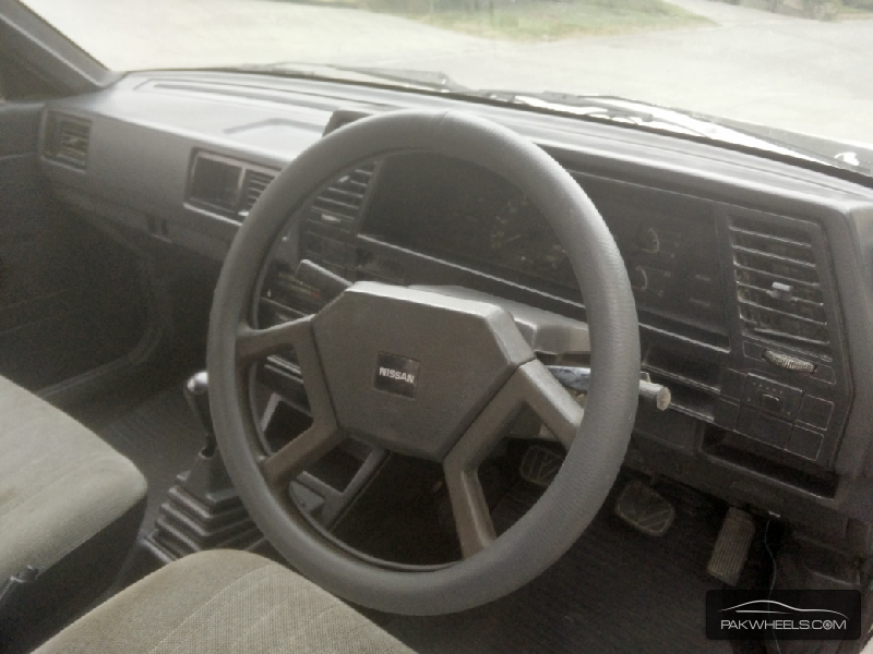 Nissan Sunny EX Saloon 1.3 1987 Image-4
