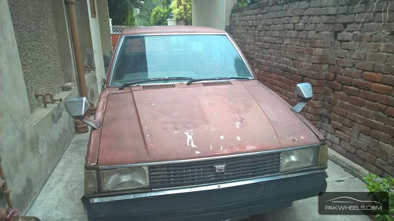 Toyota Corolla 2.0D 1982 For Sale In Lahore