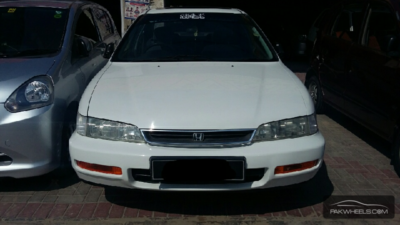 Honda accord 1995 for sale in lahore pakwheels for Used car commercial 1996 honda accord