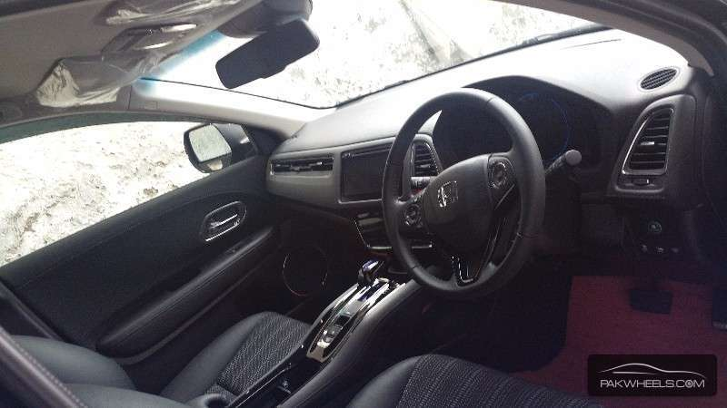Honda Vezel 2014 Image-7