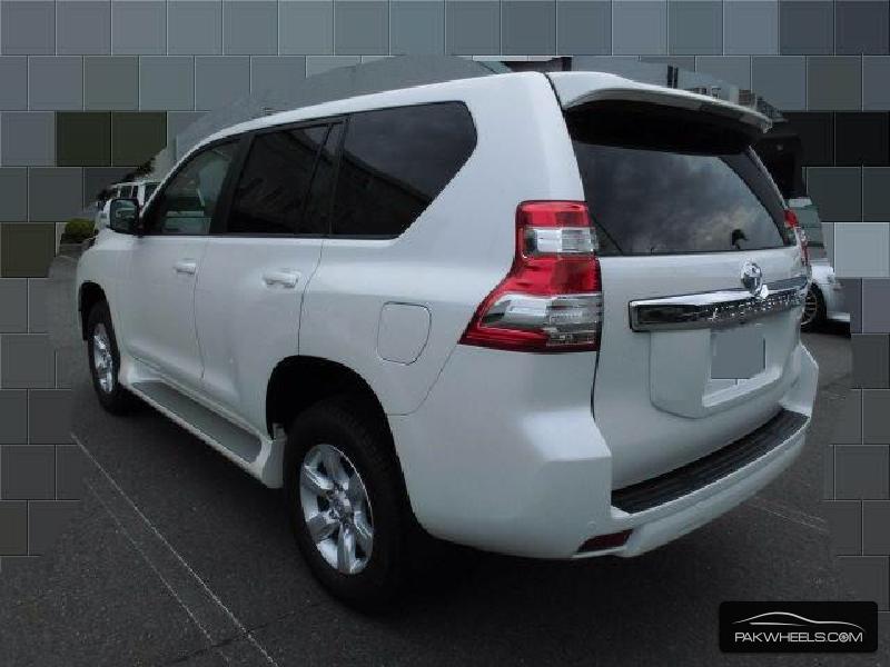 Toyota Prado TX Limited 2.7 2015 Image-4