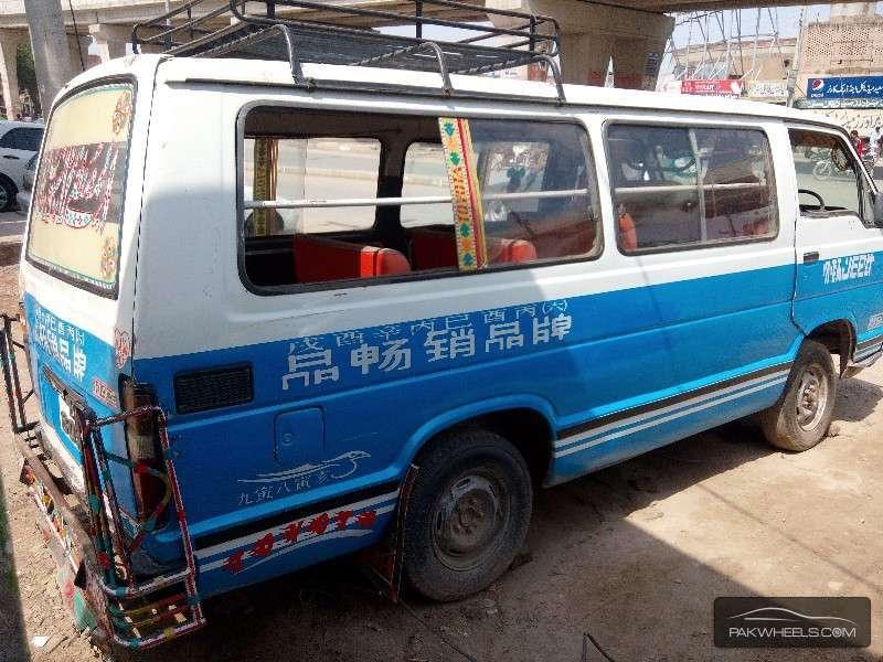 Toyota Hiace GL 1985 Image-3
