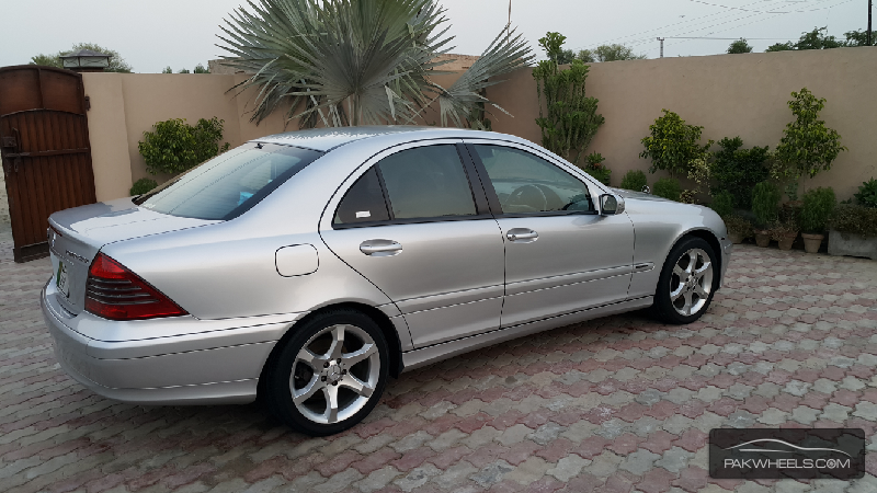 mercedes benz c class c180 kompressor 2005 for sale in lahore pakwheels. Black Bedroom Furniture Sets. Home Design Ideas
