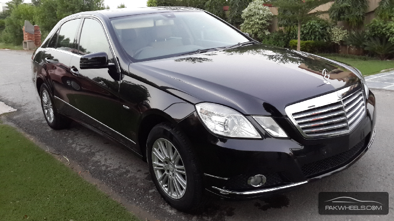 used mercedes benz e class e250 2010 car for sale in pakwheels. Black Bedroom Furniture Sets. Home Design Ideas