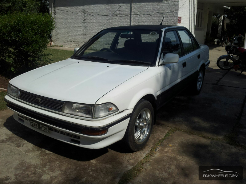 Toyota Corolla X L Package 1.3 1992 Image-9