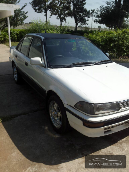 Toyota Corolla X L Package 1.3 1992 Image-2