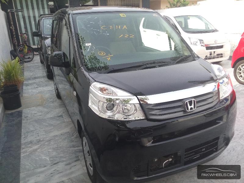 Honda Life 2012 Image-4