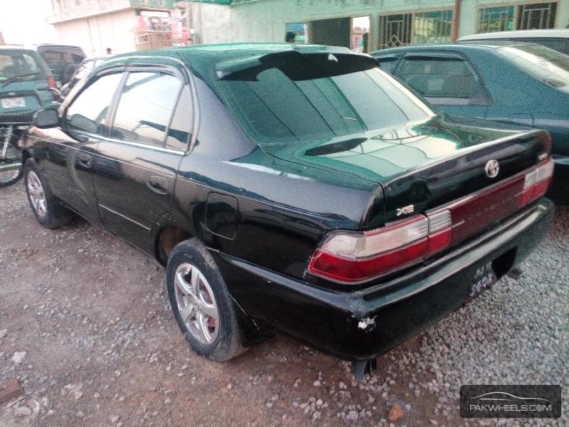 Toyota Corolla XE 1998 Image-4