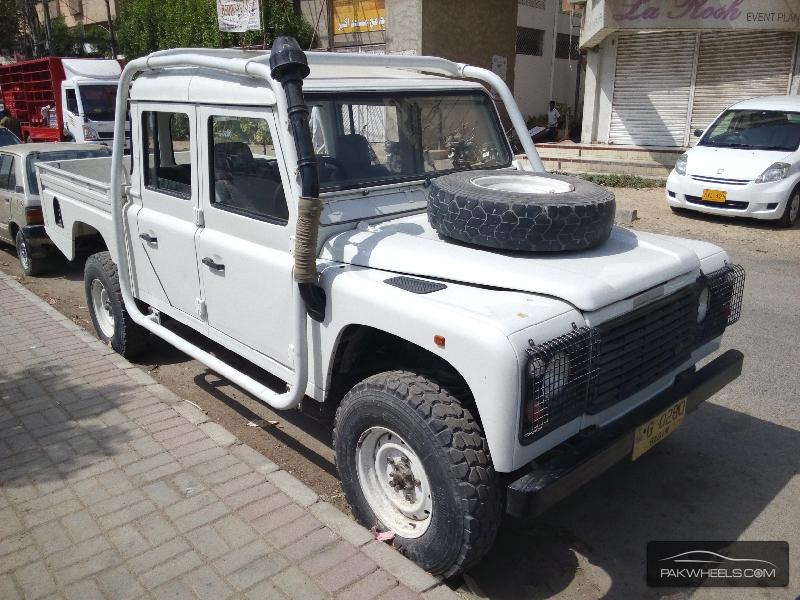 land rover defender 1998 for sale in karachi pakwheels. Black Bedroom Furniture Sets. Home Design Ideas