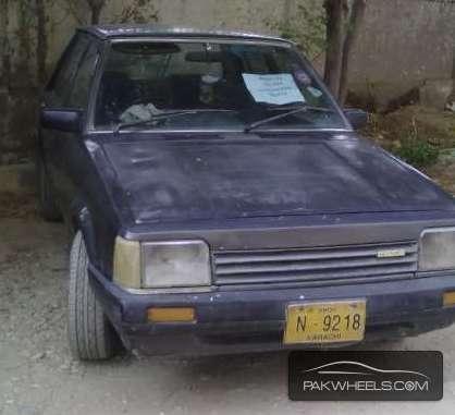 Mazda 323 1985 Image-1