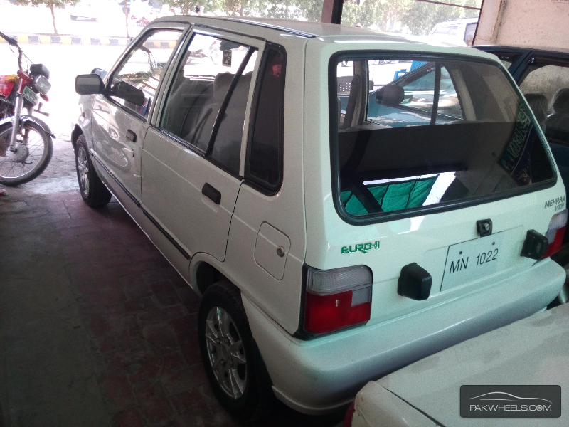Suzuki Mehran VXR 2012 Image-5