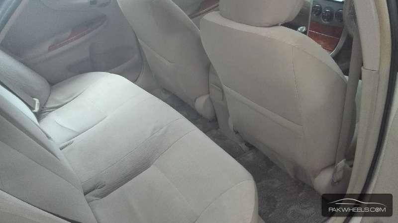 Toyota Corolla Altis 1.8 2010 Image-7