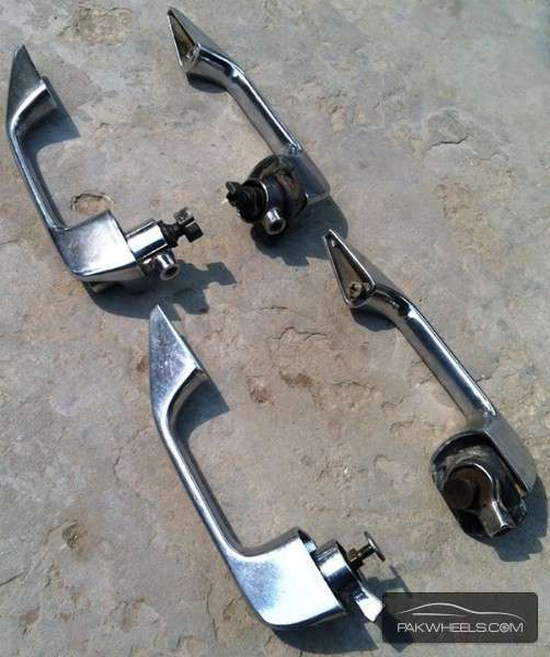 Mercedes Benz W109/W114/W115 Set of Door Handles For Sale Image-1