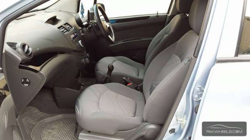 Chevrolet Spark LS 2011 Image-8