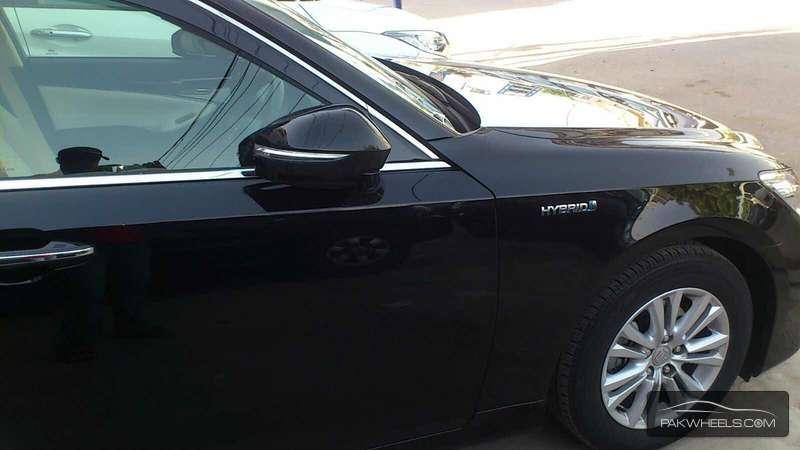 Toyota Crown Royal Saloon 2013 Image-9