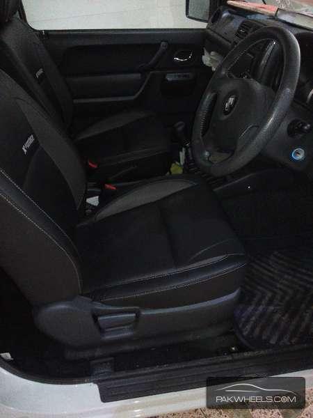 Suzuki Jimny 2010 Image-3